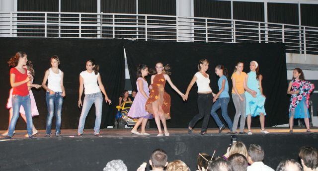 Puerto Lumbreras celebra el Festival de Danza 'Academia Piqué' con cerca de un millar de asistentes - 2, Foto 2