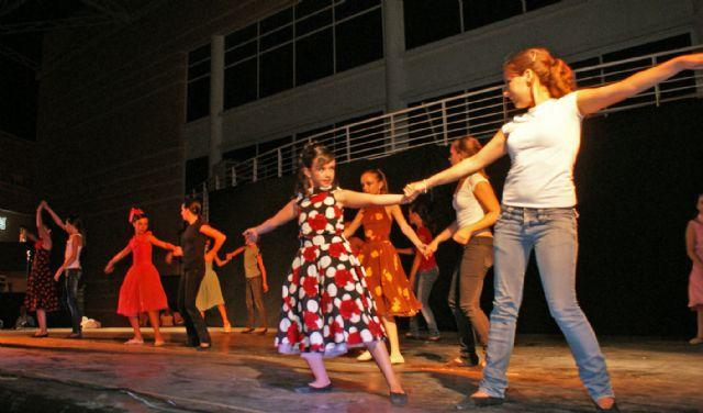 Puerto Lumbreras celebra el Festival de Danza 'Academia Piqué' con cerca de un millar de asistentes - 3, Foto 3