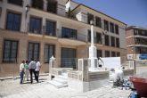 El ayuntamiento restaura la fuente de la Plaza Ram�n y Cajal