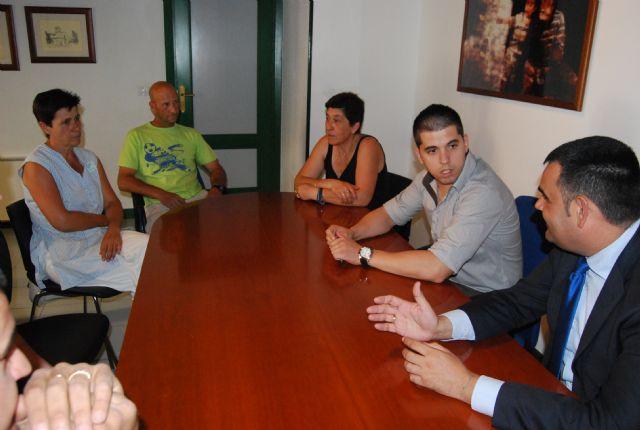 El alcalde y el concejal de Servicios mantienen una reunión con los representantes sindicales de los trabajadores de La Generala, Foto 1