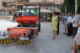 Servicios Públicos incorpora una nueva máquina barredora para la limpieza viaria
