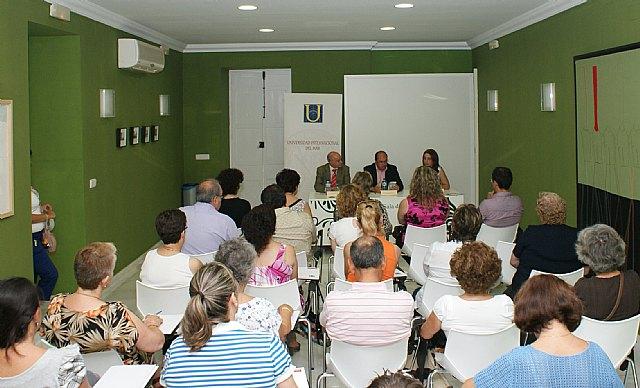Inaugurada la primera Universidad para Mayores organizada en la Región de Murcia que se celebra en Puerto Lumbreras a través de la Universidad del Mar - 1, Foto 1