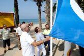 La playa de San Ginés recupera su bandera azul tras la construcción de la depuradora