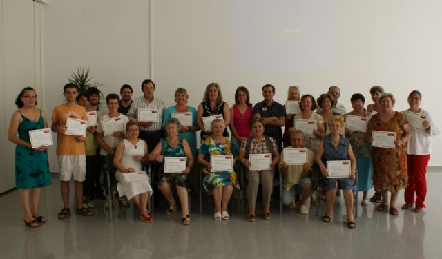 Clausurada la primera Universidad para Mayores organizada en la Región de Murcia a través de la Universidad del Mar - 1, Foto 1