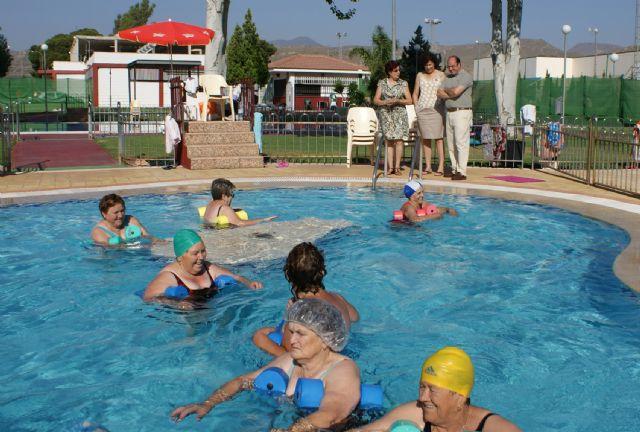 Más de 200 lumbrerenses participan durante los meses de verano en el Programa de Actividades Acuáticas que impulsa el Ayuntamiento - 2, Foto 2