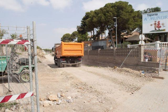 El relleno de la Vía Verde del Barrio Peral estará listo a finales de agosto - 1, Foto 1