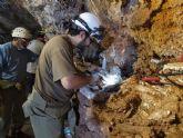 La alcaldesa y el consejero de Cultura visitan Cueva Victoria