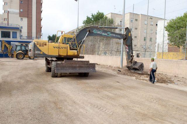 El campo municipal de Ciudad Jardín tendrá césped artificial en un mes - 3, Foto 3