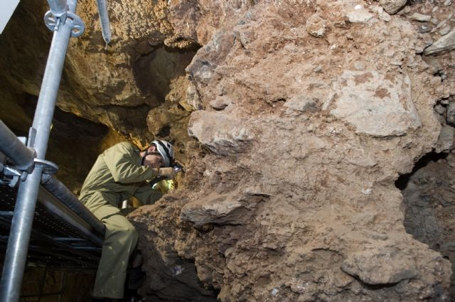 La alcaldesa anuncia una jornada de puertas abiertas en Cueva Victoria - 3, Foto 3