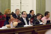 El pleno municipal celebra sesión extraordinaria antes de las vacaciones