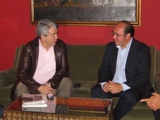 El Alcalde se reúne con el Presidente de Paradores para planificar la reconversión de Parador de Turismo de Puerto Lumbreras en Parador Escuela - 1, Foto 1
