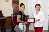 Margarita Domínguez agradece a la alcaldesa el apoyo del Ayuntamiento