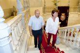 La alcaldesa reitera la colaboración del Ayuntamiento con el FC Cartagena a pesar de la crisis