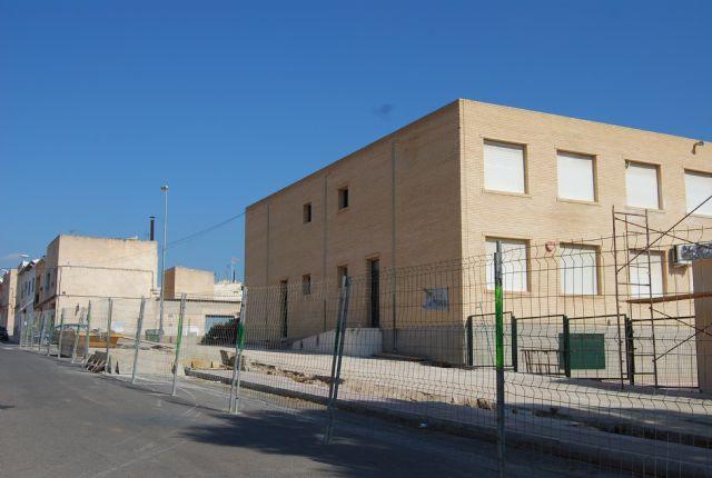 Comienzan las obras de construcción de la Escuela municipal de Padres y la cubrición de la pista polideportiva del C.P. Santa Eulalia, Foto 3