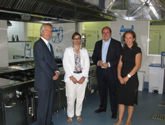 El Alcalde visita el Parador Escuela de León para proyectar los programas formativos que incluirá el futuro Parador Escuela de Puerto Lumbreras - 1, Foto 1