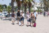El Oceana vuelve a llenar las calles de la ciudad de turistas extranjeros
