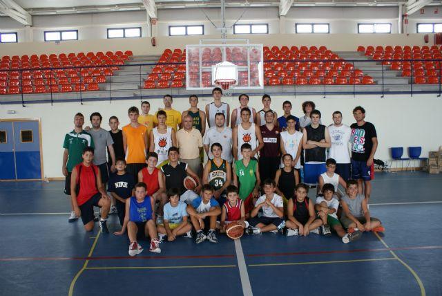 Puerto   Lumbreras  acoge a 50 jóvenes  del I Campus de Baloncesto Molina Basket destinado a potenciar este deporte - 1, Foto 1
