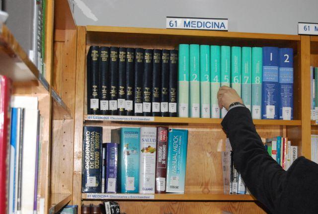 La sala de estudio de la biblioteca municipal amplía su horario para los exámenes de septiembre, lo que permitirá el uso a los estudiantes los sábados - 1, Foto 1