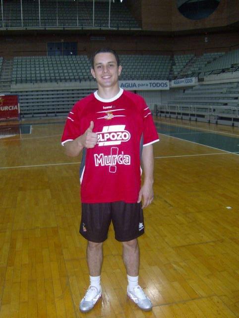 De Bail: Siempre tuve la ambición de jugar en un equipo que peleara por títulos en España - 1, Foto 1