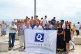 Las primeras banderas con la 'Q' de Calidad en playas del municipio, ya ondean en las playas Mistral, de La Manga y Castillico de Santiago de la Ribera