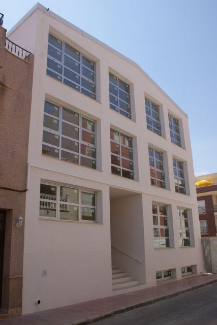 Finalizan las obras del nuevo Centro de la Tercera edad 'Vicente Ruiz Llamas' en Puerto Lumbreras - 2, Foto 2