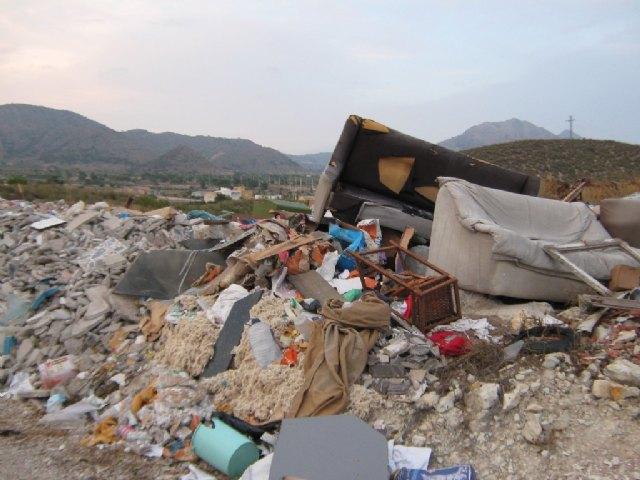 Ecologistas en Acción denuncia un vertedero ilegal en Barinas - 2, Foto 2