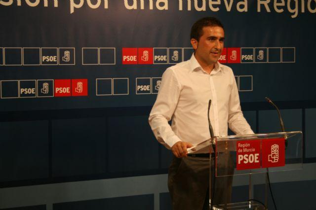 Los socialistas denuncian el descontrol en la política de precios de las cinco instalaciones deportivas de concesión municipal de Murcia - 1, Foto 1