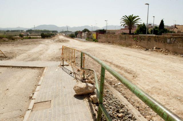 Sin rastro de la antigua vía férrea del barrio de Peral - 2, Foto 2