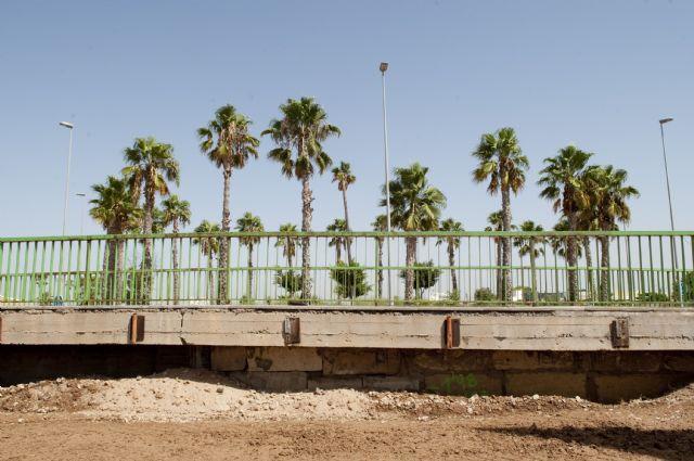Sin rastro de la antigua vía férrea del barrio de Peral - 3, Foto 3