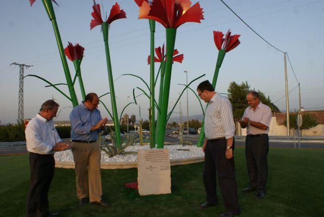 Inauguran la nueva rotonda de ´Los Claveles´ - 3, Foto 3