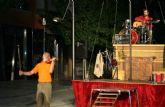 'Mumusic Circus' llena de fantasía la Gran Vía de Cehegín