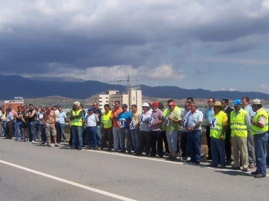 El ayuntamiento de Totana apoyar� las reivindicaciones de la Asociaci�n de Transportistas de esta localidad, Foto 1