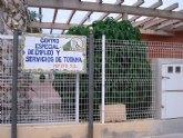 IU denuncia que los 60 trabajadores minusv�lidos del Centro Especial de Empleo, dependientes del Ayuntamiento, acumulan 3 meses sin cobrar