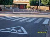 Realizan una campaña intensiva de pintura vial en las zonas de influencia de los colegios e institutos de la población