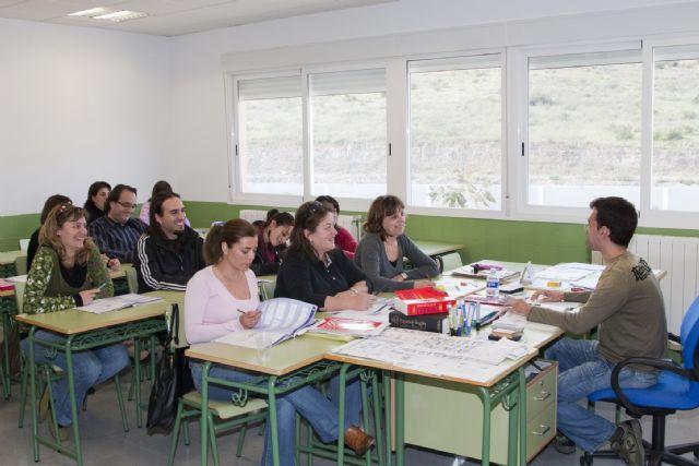 Inicio del curso 2010-2011 de la escuela oficial de idiomas - 1, Foto 1