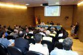 La Región apuesta por la implantación de la tarjeta única en el uso del transporte público