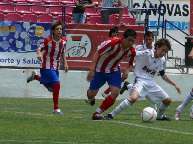 La concejal�a de Deportes ofrece al Real Madrid las instalaciones deportivas, Foto 2
