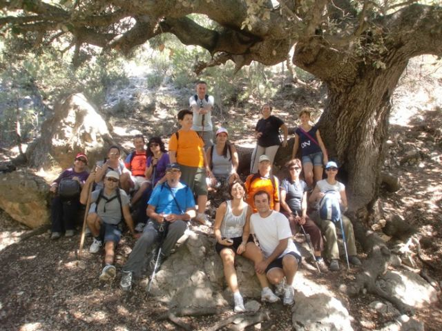 M�s de una quincena de senderistas participaron en la primera ruta del programa deportivo organizado por la concejal�a de Deportes, Foto 2
