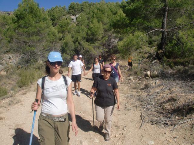 M�s de una quincena de senderistas participaron en la primera ruta del programa deportivo organizado por la concejal�a de Deportes, Foto 3