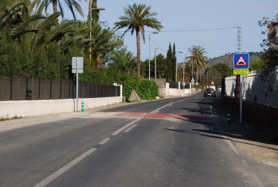 La concejal�a de Deportes propondr� al Pleno solicitar a la Direcci�n General de Carreteras la señalizaci�n de la carretera de La Santa, Foto 1