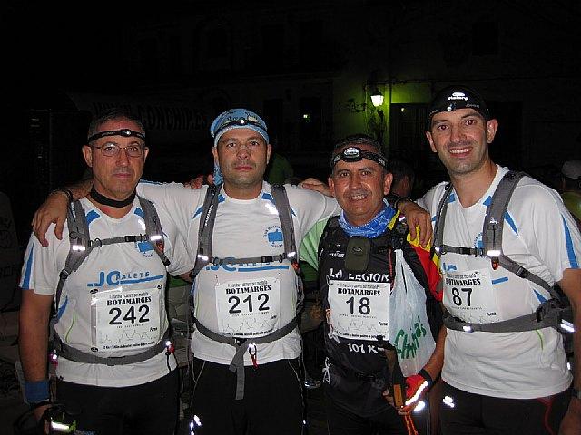 Los montañeros del Club Atletismo Totana estuvieron en la II Botamarges, carrera de 63 kil�metros de aut�ntica montaña., Foto 1