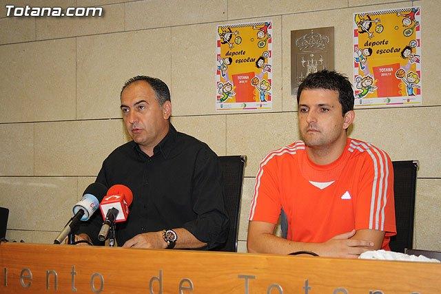 """Programa de """"Deporte Escolar 2010/11"""" presentado por la concejal�a de Deportes, Foto 1"""