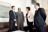 La alcaldesa ha recibe al nuevo director de Refino España de Repsol