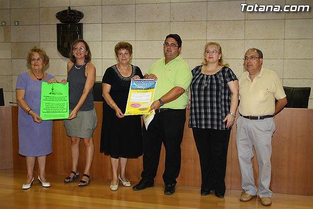 Los m�s de 2.000 usuarios del Centro de Personas Mayores arrancan el curso 2010/2011, Foto 1