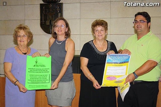 Los m�s de 2.000 usuarios del Centro de Personas Mayores arrancan el curso 2010/2011, Foto 2