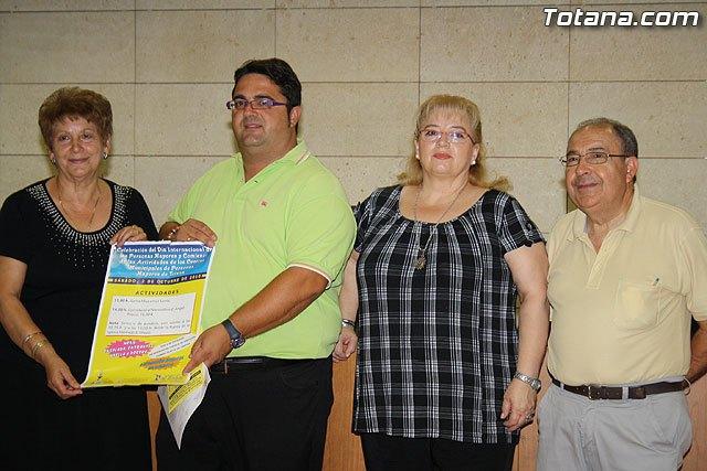 Los m�s de 2.000 usuarios del Centro de Personas Mayores arrancan el curso 2010/2011, Foto 3