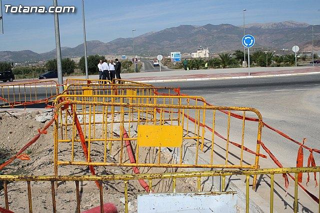 Entran en su recta final las obras de soterramiento de la línea de media tensión en el Polígono - 6