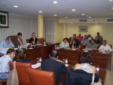 Todos los grupos políticos del ayuntamiento de Águilas, excepto el PSOE, piden al Gobierno de Zapatero que no congele las pensiones