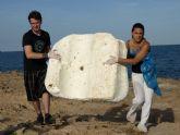Voluntarios recogen más de 1.000 kilos de basura en fondos marinos de La Manga