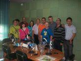 Los usuarios del Centro Ocupacional participan en el d�a a d�a de Mazarr�n